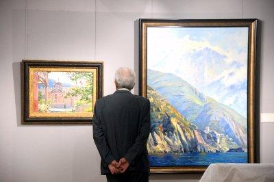 Картинная галерея имени Василия Нестеренко открылась в Домике Чехова