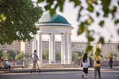 Знаменитые беседки-ротонды в Парке Горького отреставрировали