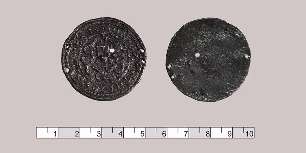 Старинный английский медальон с розой Тюдоров, XVI век