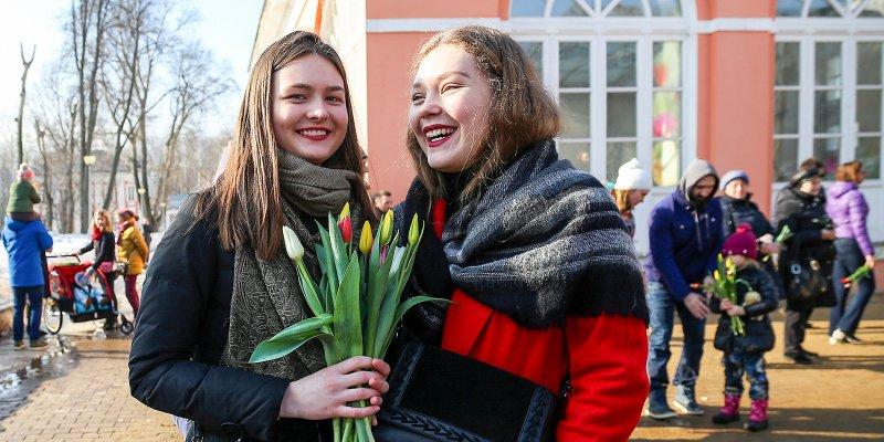 Более 50 бесплатных мероприятий подготовили в Москве к 8 Марта