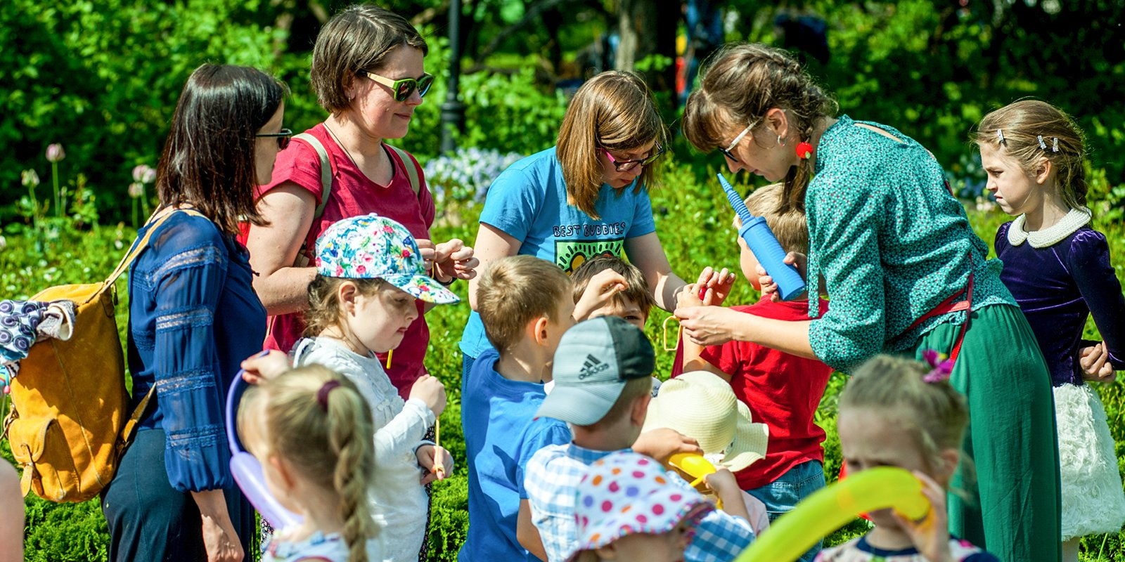 Делаем мороженое и разучиваем па: что подготовили парки ко Дню защиты детей