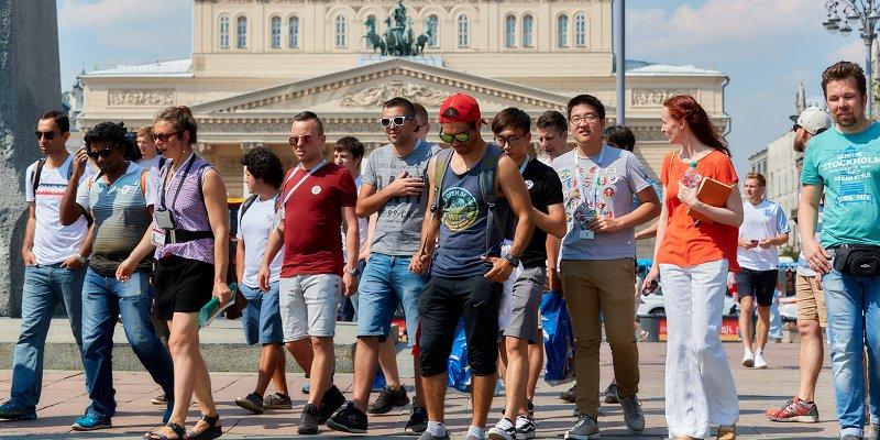 Москва глазами туристов: более 20 тысяч болельщиков посетили бесплатные экскурсии во время ЧМ-2018