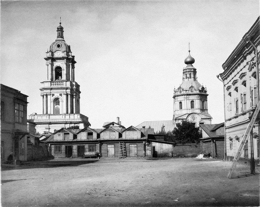 Church of St Paraskeva on Pyatnitskaya Street by  Nikolai Naidenov,  1883