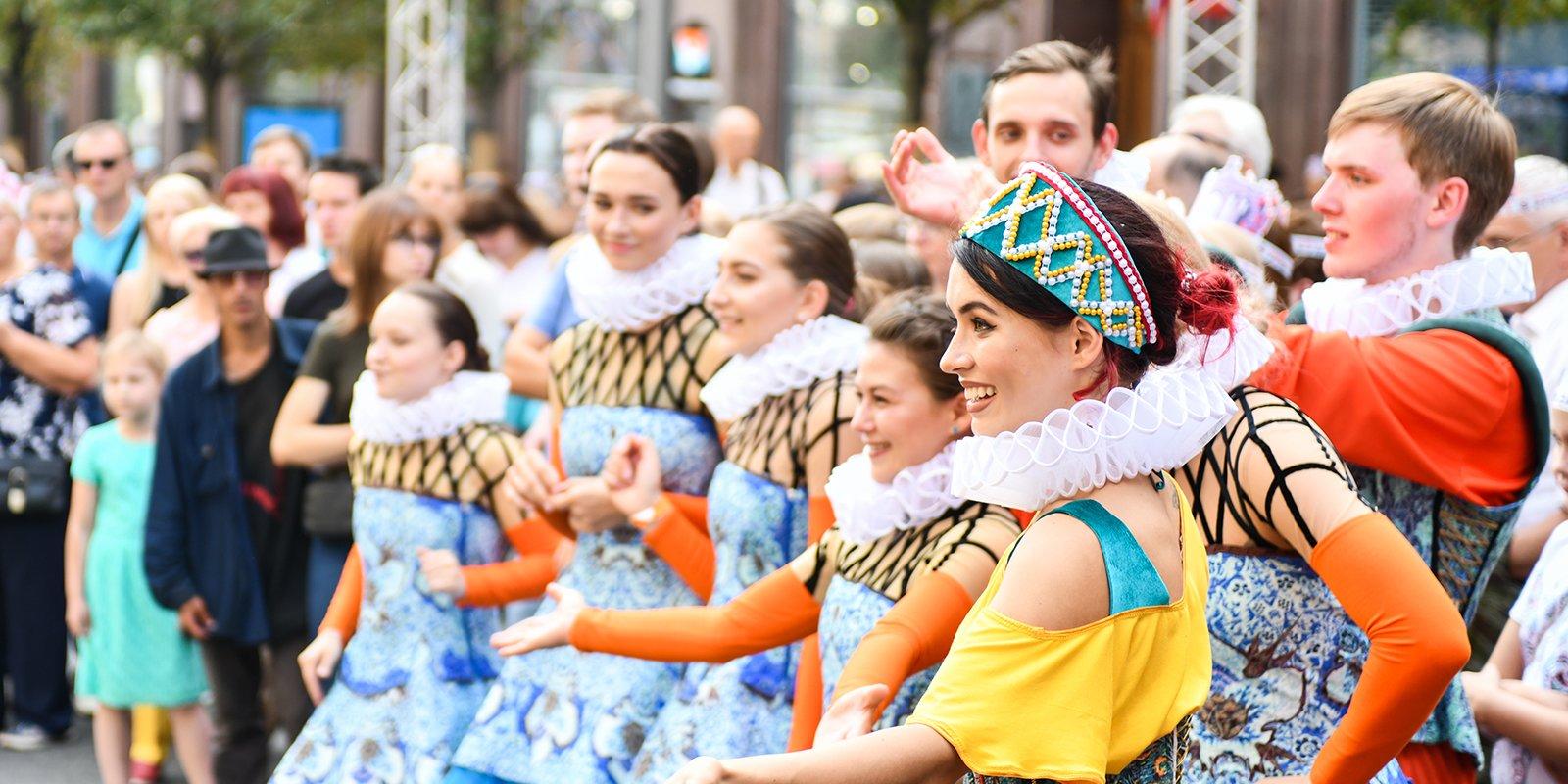 Фестивали, концерты и танцевальные флешмобы: отметить День города можно будет в 30 парках