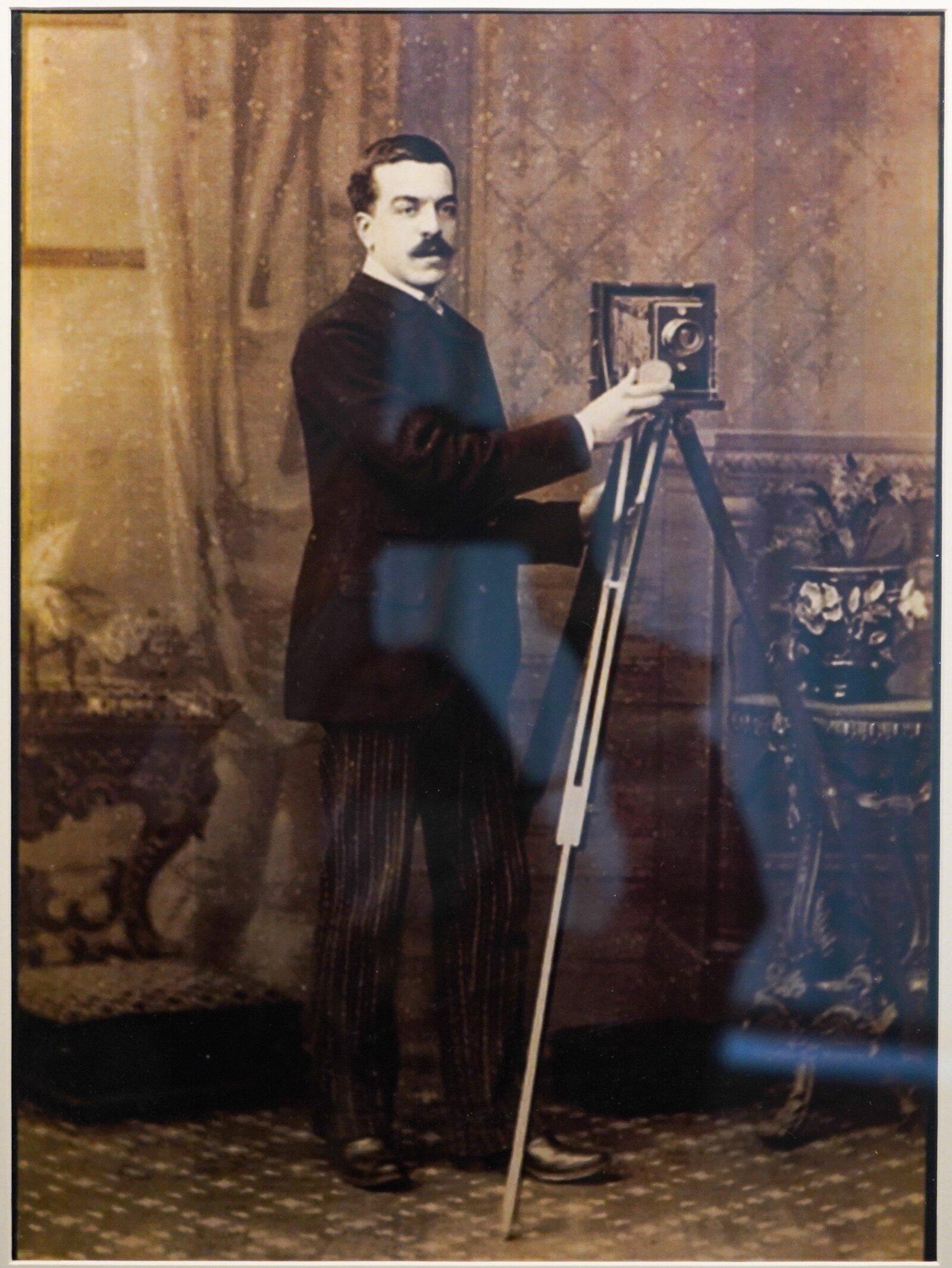 Фотограф XIX века