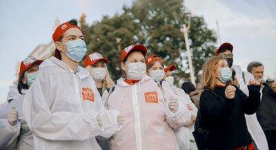 Главное — желание помогать: юные москвичи рассказали, почему они становятся волонтерами