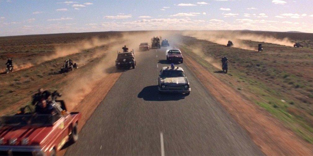Кадр из фильма «Безумный Макс 2: Воин дороги». Режиссер Джордж Миллер. 1981 год