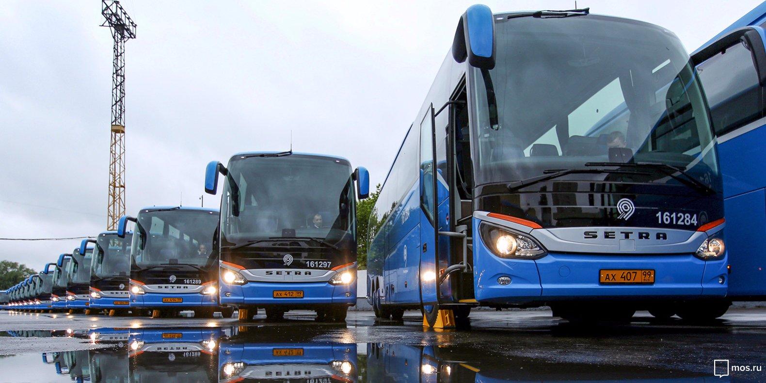 Туристические автобусы Мосгортранса перевезли 30 тысяч гостей столицы с конца августа