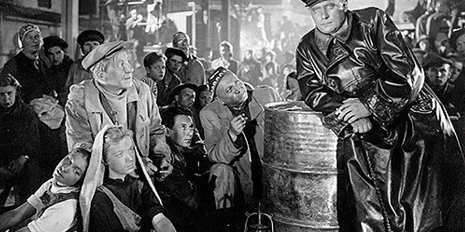 Кадр из фильма «Простые люди». Режиссеры Леонид Трауберг, Григорий Козинцев. 1945 год