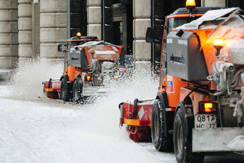 Услуги чистки снега с крыш