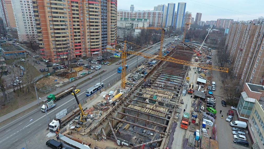 Строительство станции метро «Беломорская»