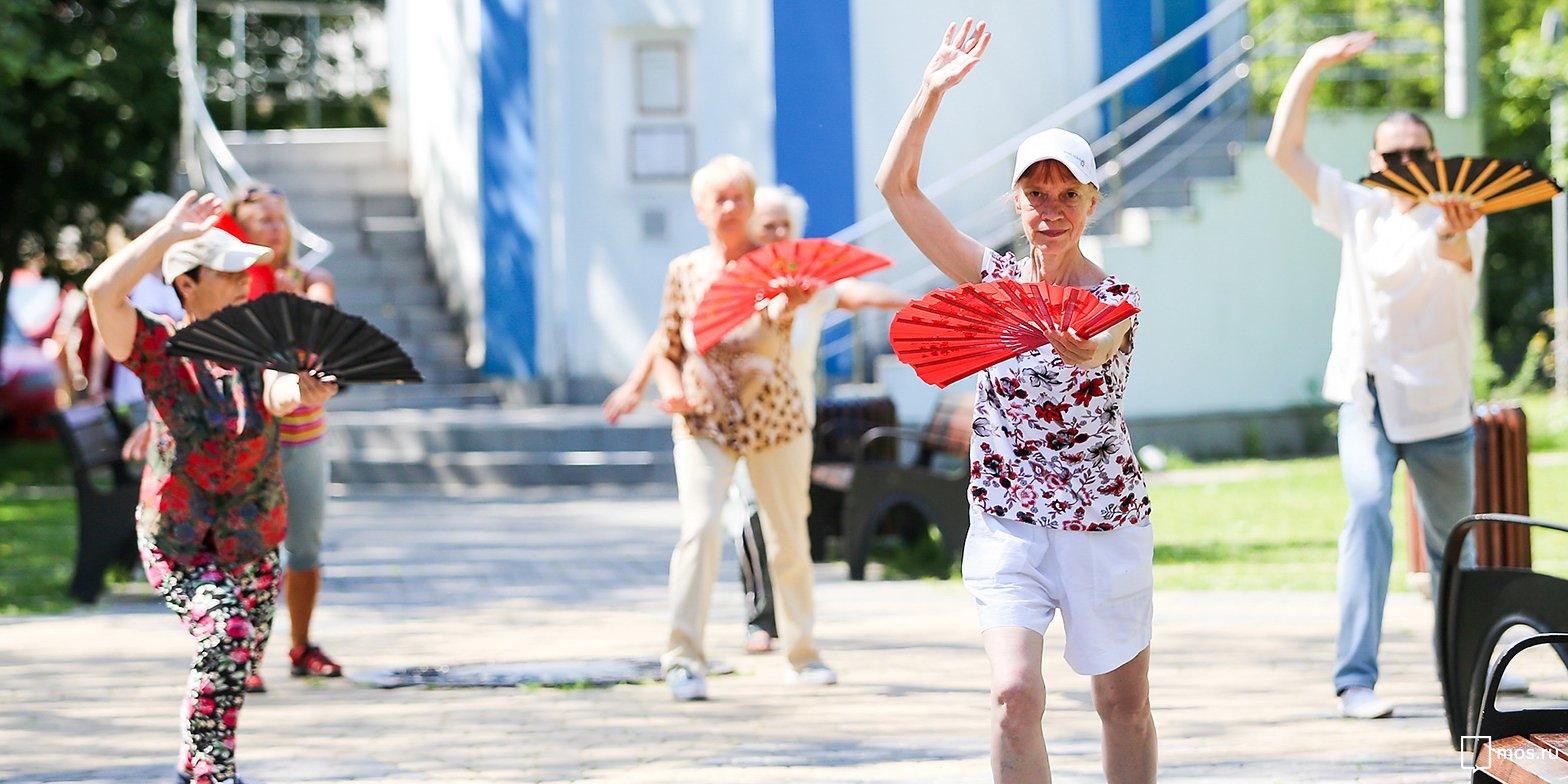 По программе «Московское долголетие» в Новокосино занимаются уже 1200 человек