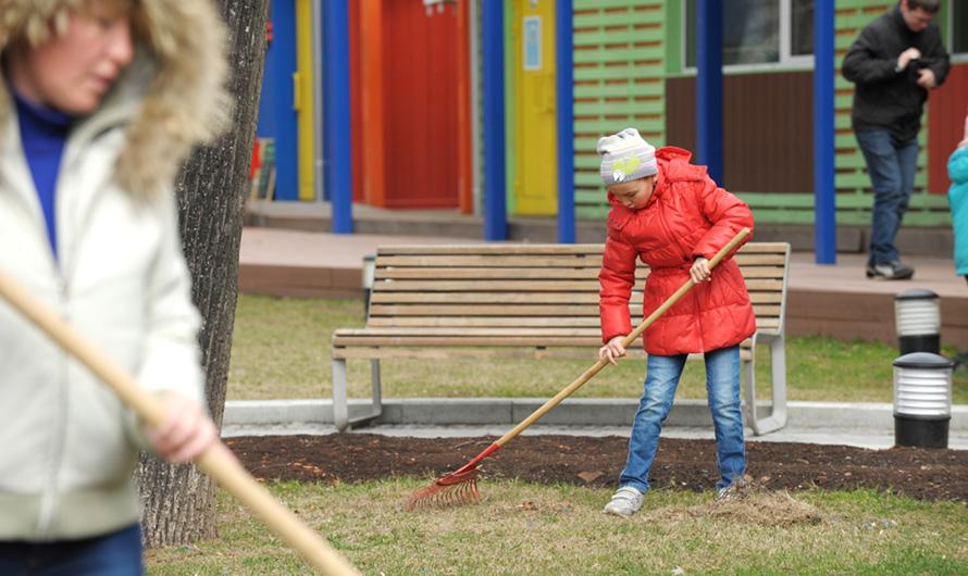 Дворы, парки, улицы: в городе стартует месячник по благоустройству. Официальный сайт Мэра Москвы