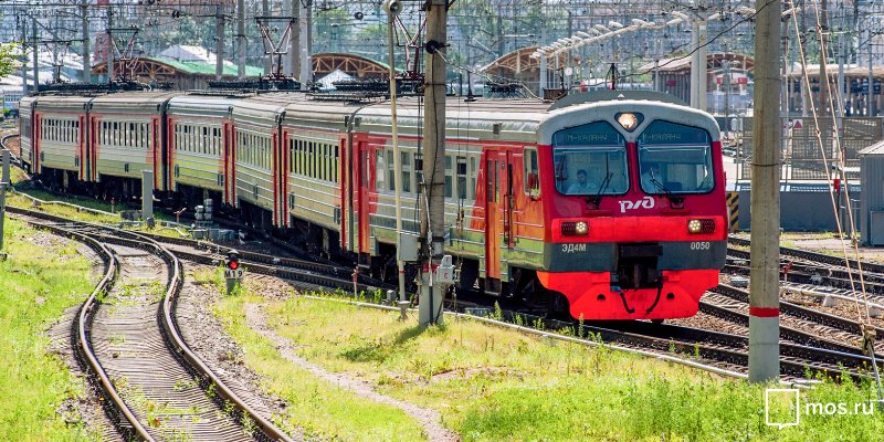 Suburban trains switch to summer schedule on 26 March
