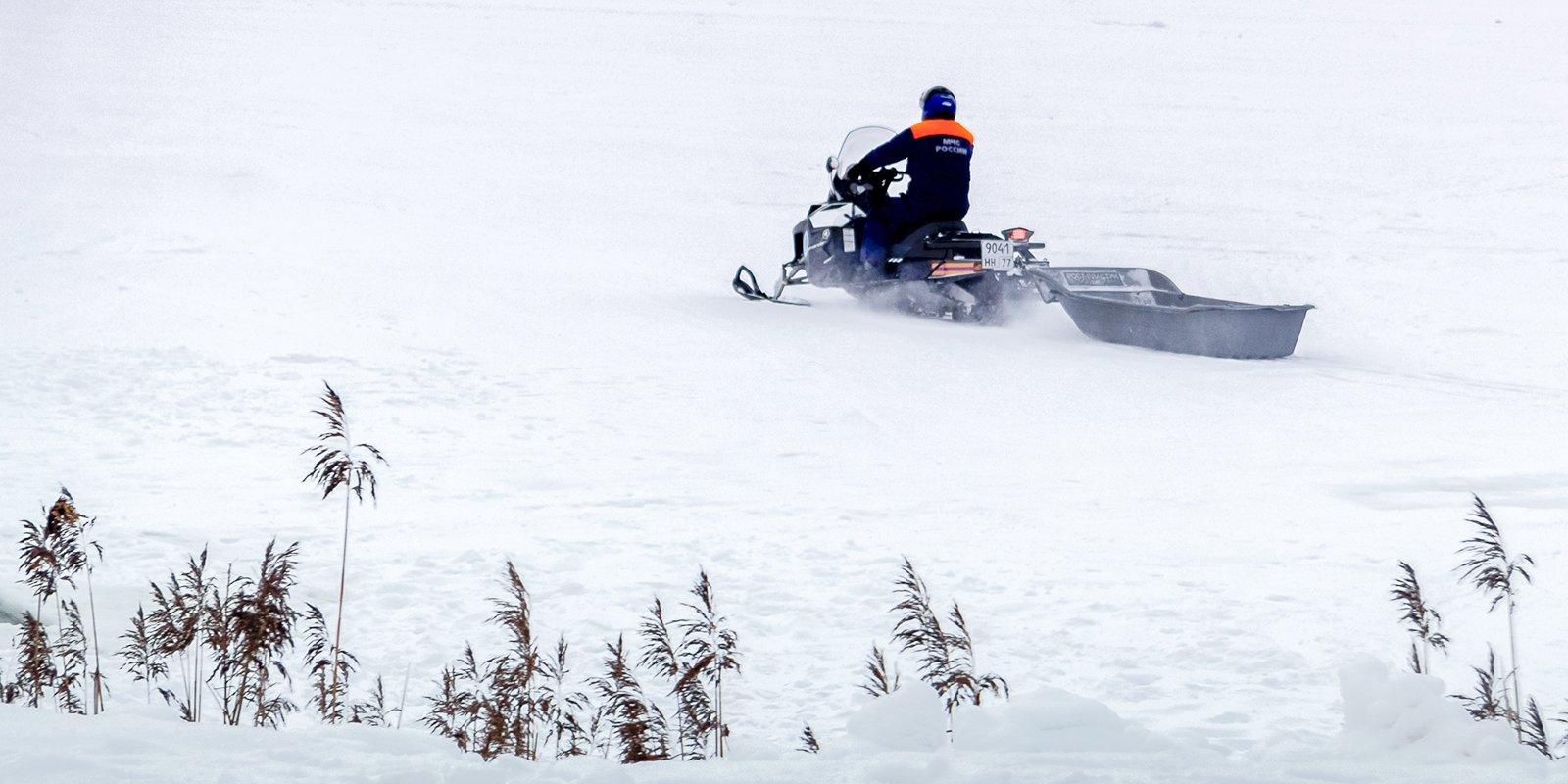 Места зимней рыбалки будут патрулировать на снегоходах
