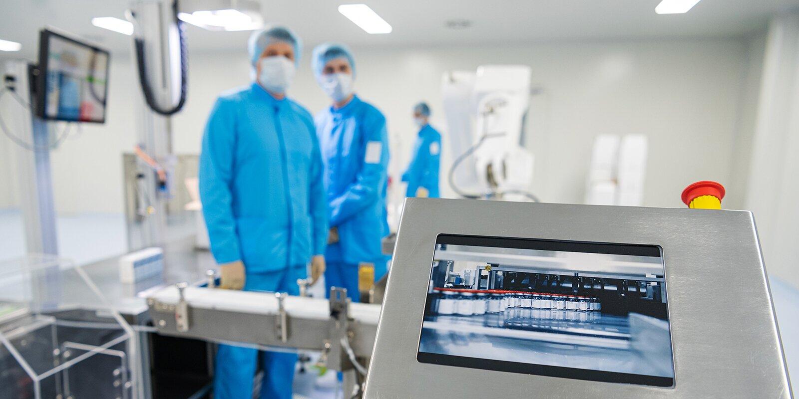 Вакцина или плацебо: к середине июля участникам испытаний Спутника V планируют открыть данные исследования