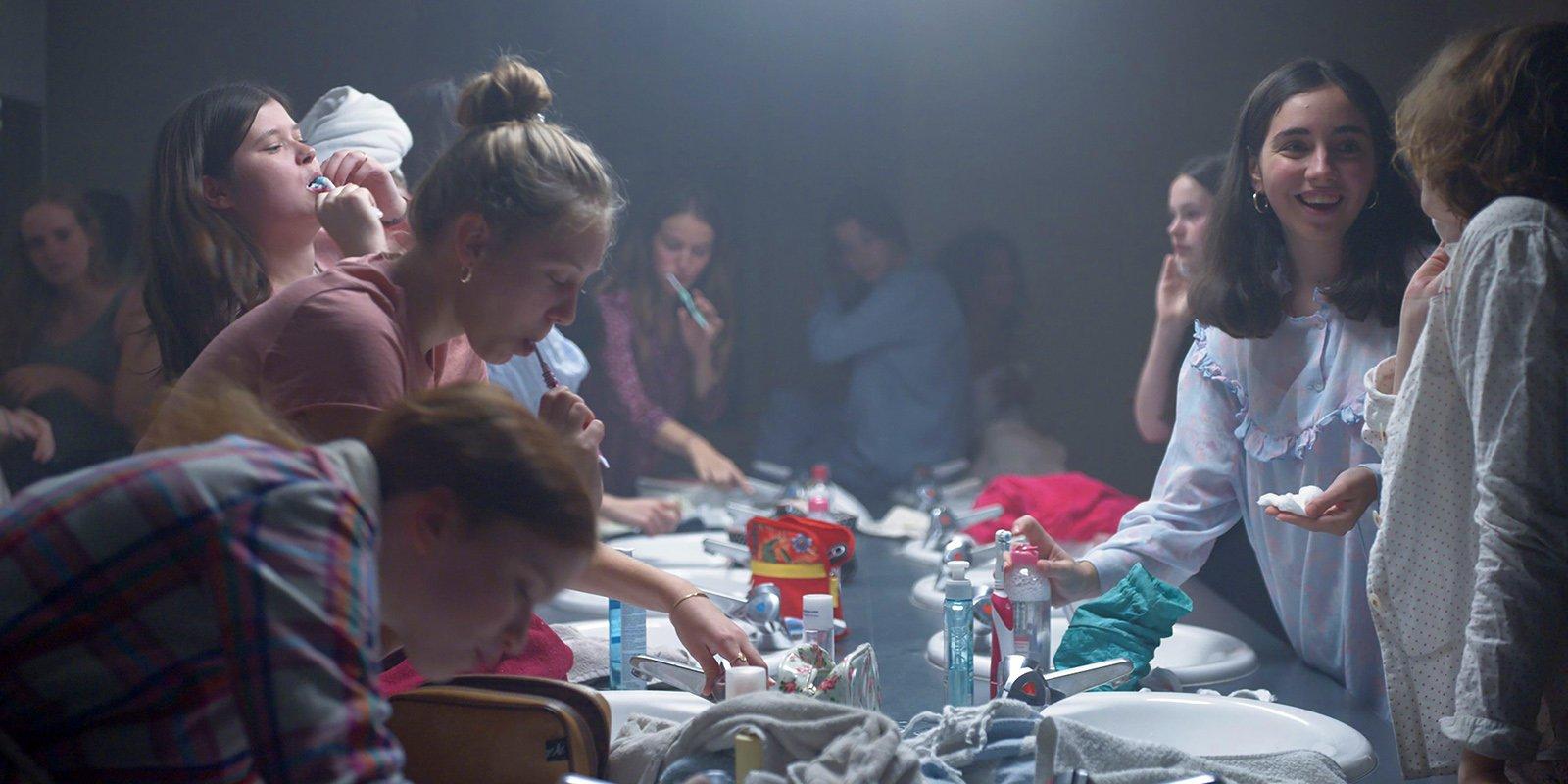 Кадр из фильма «Малышка зомби». Режиссер Бертран Бонелло. 2019 год