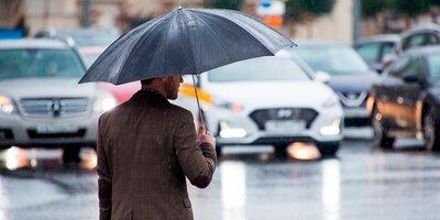 Гроза и сильный ветер ожидаются в течение дня в столице