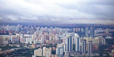 Гроза, дожди и сильный ветер: в столице ухудшится погода